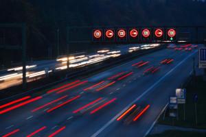 Unfälle auf der Autobahn passieren viel häufiger als gedacht.
