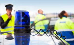 Häufig stellt sich die Frage: Muss man bei einem Unfall die Polizei rufen?