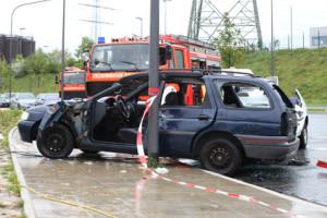 Totalschaden: Einer Versicherung ist dabei sehr wichtig, wenn Sie der Unfallverursacher sind.