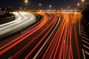 Auffahrunfall: Schmerzensgeld nach einem Verkehrsunfall kann bei bleibenden Beeinträchtigungen folgen.