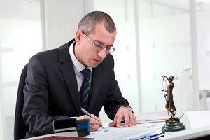 Ein auf Verkehrsrecht spezialisierter Anwalt kann Sie in vielen Fällen unterstützen.
