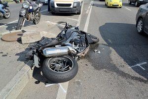 Der Anwalt für Verkehrsrecht in Bad Sobernheim hilft, wenn der Unfallgegner Fahrerflucht begangen hat.