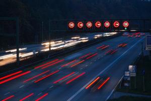Fahrerflucht ohne Führerschein führt zu erheblichen Konsequenzen im Nachhinein.