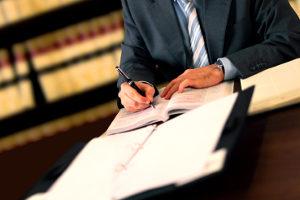 Suchen Sie einen im Verkehrsrecht bewanderten Anwalt in Köln?